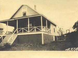 Honan property, Island Avenue, Peaks Island. Item #89685