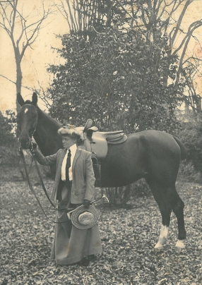 Coll. 2781 Johnson family - Louise Johnson with horse Box 17, Folder 6